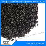Granelli di plastica neri fatti di nylon e di fibra di vetro