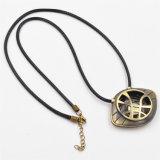 Dott. il dottore Strange Eye di incandescenza degli uomini dell'amuleto di Agamotto nella collana Pendant scura
