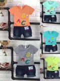 Kostuum en T-shirt van de Baby van de Kleren van de Baby van de katoenen Kleding van Comfortabele Kinderen de het Pasgeboren