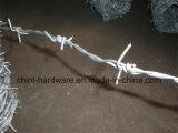 Fábrica da China Arame farpado Arame farpado Cerca de segurança Fio cerco