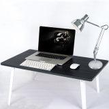 Lámpara de mesa de oficina de metal con brazo oscilante, lámpara de mesa ajustable moderna