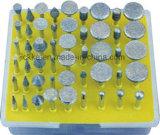 다이아몬드 거치한 점은 돌과 금속을%s 놓았다
