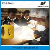 Una lanterna solare dei 2016 Portable LED con potere LED e caricatore del telefono per l'asiatico africano nessun zone di Electrictiy