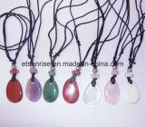 Il cristallo naturale della pietra semi preziosa ha bordato gli insiemi dei monili di modo della collana