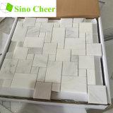 白い大理石の小型バーセイルズパターンモザイク・タイル