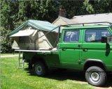 Im Freien faltendes Familien-kampierendes Auto-Dach-Zelt