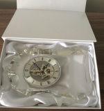 Часы квадрата просто конструкции кристаллический с логосом M-5110