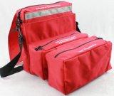 空のナイロン救急処置袋