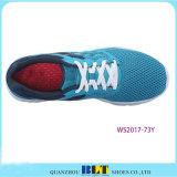 Chaussures courantes amorties de sport de type de la performance des femmes de Blt