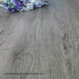Plancher desserré de vinyle de configuration de configuration de planche en bois commerciale de PVC