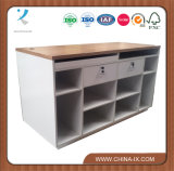 Kassierer-Schreibtisch mit verschließbarem Fach zwei und Speicherungen