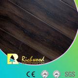 La scanalatura di U Imprimere-in-Registra la pavimentazione di legno laminata