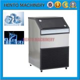 Bloco de gelo/cubo de gelo que faz a máquina