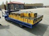 倉庫で移動商品に使用する電気トラックまたは手トラックまたは電気ヴァンまたは電気三輪車