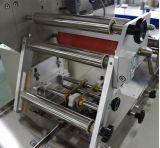 La cocina seca de las frutas de los fideos limpia la empaquetadora con esponja