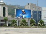 La publicité en couleur et l'étape Affichage LED de plein air
