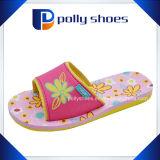 Pistoni piani dei bambini dei sandali della piattaforma delle ragazze di modo
