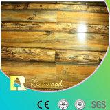 12.3mmのWoodgrainの質のヒッコリーの防水積層の床