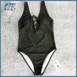 Shorts europeu sobre a etiqueta de tamanho personalizado e calções de banho