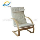 Haltbarer entspannender hölzerner Stuhl mit Gewebe-Baumwolle 100%