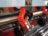Serie della pianta del cartone ondulato che alza giù la taglierina sottile della lamierina