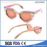 2016 Colores hechos a mano personalizado gafas de sol de bambú con la lente polarizada