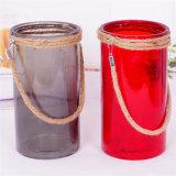 Florero de vidrio de color con el yute asa de cuerda