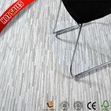 PVCビニールのフロアーリングのBolonの床タイルの価格の中国の工場