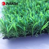 Hierba de alfombra natural del jardín del césped sintetizado artificial de la hierba