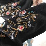 新しい方法Ladieのための刺繍によって編まれるプルオーバーのHoodieのセーター