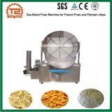 Macchina della friggitrice in lotti del gas per le patate fritte e le patatine fritte del plantano