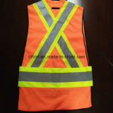 Veste da segurança com a faixa reflexiva elevada do cuidado 5 pontos ausentes