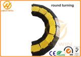 Flexibler 2 Kanal-Fußboden-Kabel-Schoner mit einem 90 Grad-Drehen