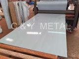 Chapa de aço inoxidável 304 N˚ 1 8K polido.