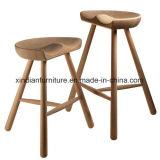 Bentwoodの白いワックスの食事のための木製のカシ木北欧の椅子