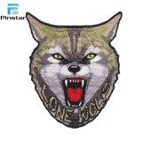 パッチのカスタム高品質のオオカミヘッド整形鉄