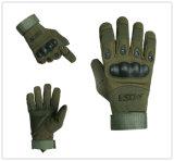 Militärischer taktischer Airsoft im Freien voller Finger, der schützende Sicherheits-Handschuhe jagt