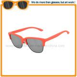 La promoción de los hombres las mujeres de la marca personalizados Metal Plástico gafas de sol