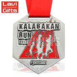 熱い販売安いカスタム賞の記念品の金属のスポーツの救助のマイルメダル