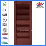 Faux volets de bois de l'intérieur de vitre coulissante de porte pliante