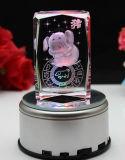 Кубик фотоего 3D лазера гравировки 3D красотки кристаллический стеклянный для подарка