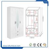 寝室のためのカスタマイズされた白いカラー3ドアのワードローブの戸棚/Cabinets