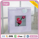 Sac de papier de Rose de configuration de rose d'ornement de vêtement de cadeau rouge de jouet