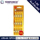 Piles alcalines Batterie sèche avec la CE a approuvé pour l'Toy 16pcs Carte blister (LR6-AA taille)