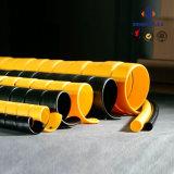 De zwarte en Gele Beschermer van de Slang van de Kleur Spiraalvormige