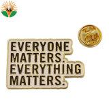 Alliage de zinc personnalisée de l'or Logo de la sécurité de l'émail insigne métallique