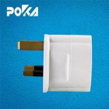O conceito Poka CA de 13amp ao soquete Suchko GS