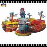 Elicottero della nave di pirata delle strumentazioni del campo da giuoco di divertimento