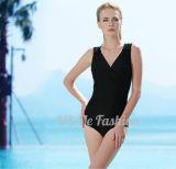 Form-reine Farben-Frauen, die Abnützung-Frauen-Badeanzüge schwimmen