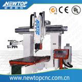 Máquina del ranurador del CNC. Máquina de la carpintería. Ranurador de madera del CNC